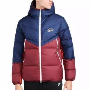 Nike DownFill WindRunner Puffer Jacket / Mens M